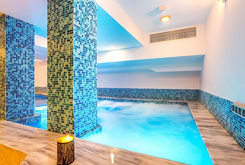 Джакузи – обособена зона на басейна